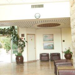 HI Jerusalem - Agron Hostel Израиль, Иерусалим - отзывы, цены и фото номеров - забронировать отель HI Jerusalem - Agron Hostel онлайн интерьер отеля