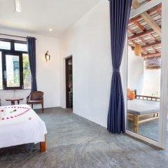 Отель An Bang Sunrise Beach Bungalow 3* Бунгало с различными типами кроватей фото 9