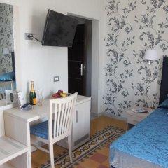 Отель Domus Laurae Италия, Рим - отзывы, цены и фото номеров - забронировать отель Domus Laurae онлайн комната для гостей фото 4