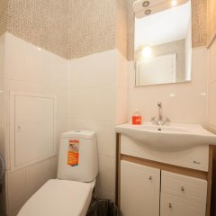 Мини-Отель КвартировЪ-Взлетка Стандартный номер с двуспальной кроватью (общая ванная комната) фото 7