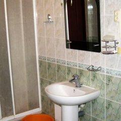 Гостиница Domashniy Hostel Украина, Львов - отзывы, цены и фото номеров - забронировать гостиницу Domashniy Hostel онлайн ванная