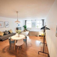 Отель Cocorico Apartments Польша, Познань - отзывы, цены и фото номеров - забронировать отель Cocorico Apartments онлайн комната для гостей фото 4