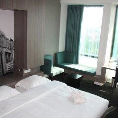 Leonardo Hotel Amsterdam Rembrandtpark 4* Номер Делюкс с различными типами кроватей
