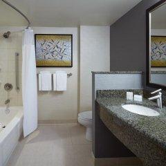 Отель Courtyard by Marriott Montreal Airport Канада, Монреаль - отзывы, цены и фото номеров - забронировать отель Courtyard by Marriott Montreal Airport онлайн ванная фото 2