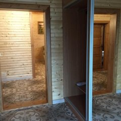 Гостиница Solnce Karpat Коттедж с различными типами кроватей фото 43