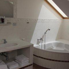 Отель Gösser Schlössl Австрия, Вена - отзывы, цены и фото номеров - забронировать отель Gösser Schlössl онлайн ванная