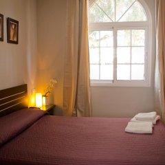Отель Hostal La Muralla Стандартный номер с различными типами кроватей фото 21