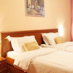 Отель Rex 3* Стандартный семейный номер с двуспальной кроватью