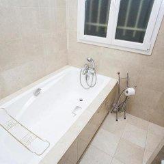 Отель Avenue Montaigne Champs Elysees Paris Париж ванная