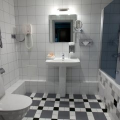 Гостиница Ремезов 4* Улучшенный номер разные типы кроватей фото 6