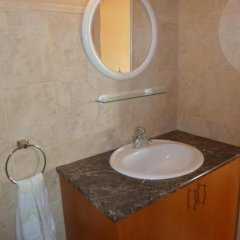 Отель 303 Кипр, Пафос - отзывы, цены и фото номеров - забронировать отель 303 онлайн ванная фото 2