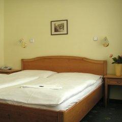 Отель Claris спа