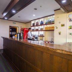 Отель Green City Кыргызстан, Бишкек - отзывы, цены и фото номеров - забронировать отель Green City онлайн гостиничный бар