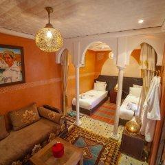 Отель Dar Ikalimo Marrakech 3* Улучшенный номер с различными типами кроватей фото 7