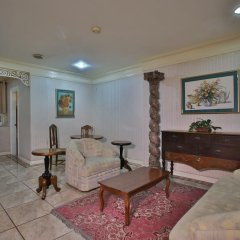Отель Crown Regency Residences - Cebu 3* Стандартный номер с различными типами кроватей фото 6