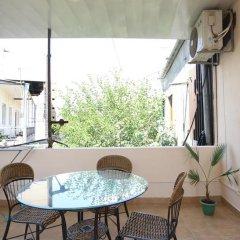 Отель Holiday Home Charenc Армения, Ереван - отзывы, цены и фото номеров - забронировать отель Holiday Home Charenc онлайн балкон