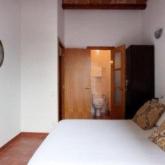 Апартаменты Margarit Apartment Барселона комната для гостей фото 3