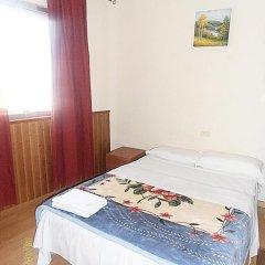 Отель Hostal Numancia Номер Делюкс с различными типами кроватей