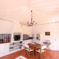 Отель Casa do Cerco Португалия, Агуа-де-Пау - отзывы, цены и фото номеров - забронировать отель Casa do Cerco онлайн комната для гостей фото 2