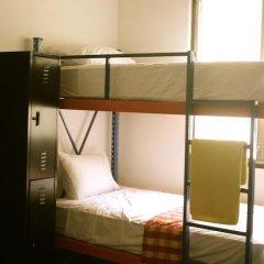 La Madrugada Hostel сейф в номере
