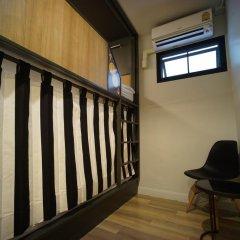 BRB Hostel Bangkok Silom Кровать в общем номере с двухъярусной кроватью фото 3