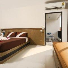 M.U.DEN Patong Phuket Hotel 3* Номер Делюкс двуспальная кровать фото 9