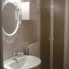 Отель Affittacamere Le Tre stelle 3* Номер Делюкс с различными типами кроватей фото 11
