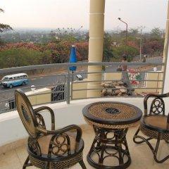 City Hill Hotel балкон