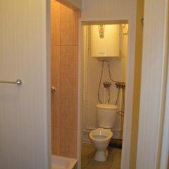 Ast Hotel 2* Стандартный номер разные типы кроватей (общая ванная комната) фото 5