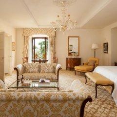 Four Seasons Hotel Firenze 5* Представительский люкс с различными типами кроватей фото 9