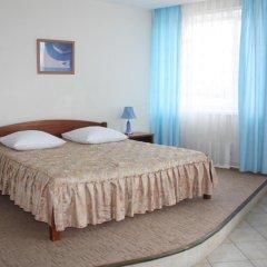 Гостиница Набережная комната для гостей фото 5