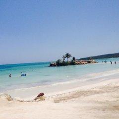 Отель Cas Bed & Breakfast пляж