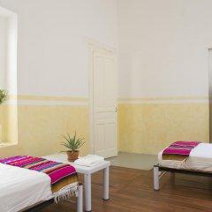 Отель Casa San Ildefonso 3* Кровать в мужском общем номере фото 2