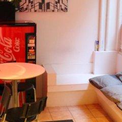 Отель City Lodge Stockholm Швеция, Стокгольм - 1 отзыв об отеле, цены и фото номеров - забронировать отель City Lodge Stockholm онлайн гостиничный бар