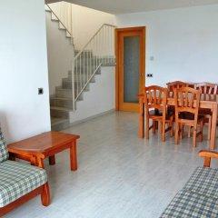 Отель Aiguaneu Sa Carbonera Испания, Бланес - отзывы, цены и фото номеров - забронировать отель Aiguaneu Sa Carbonera онлайн комната для гостей фото 5