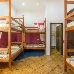 Хостел Берлога Кровать в женском общем номере с двухъярусной кроватью фото 4