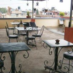 Отель Amar Hotel Непал, Катманду - отзывы, цены и фото номеров - забронировать отель Amar Hotel онлайн гостиничный бар