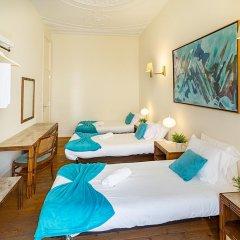 Отель Flores 105 Лиссабон комната для гостей фото 3