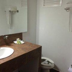 Отель Sol Caribe San Andrés All Inclusive Колумбия, Сан-Андрес - отзывы, цены и фото номеров - забронировать отель Sol Caribe San Andrés All Inclusive онлайн ванная