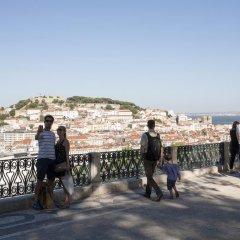 Отель Travel and Tales Príncipe Real Apartments Португалия, Лиссабон - отзывы, цены и фото номеров - забронировать отель Travel and Tales Príncipe Real Apartments онлайн приотельная территория