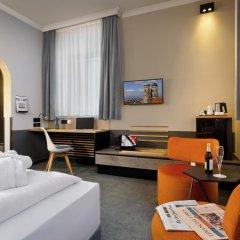 Отель IntercityHotel München 4* Стандартный номер с двуспальной кроватью фото 4