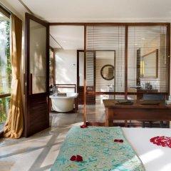 Отель Komaneka at Bisma 5* Семейный люкс с двуспальной кроватью фото 8
