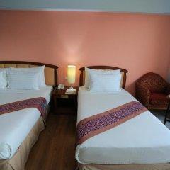 Karnmanee Palace Hotel 4* Улучшенный номер с различными типами кроватей фото 8