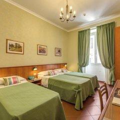 Отель Corona 3* Стандартный номер с двуспальной кроватью фото 11