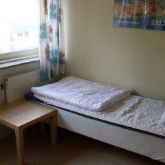 City Apartment Hotel 2* Номер с общей ванной комнатой с различными типами кроватей (общая ванная комната) фото 2