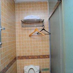 Отель Fubao Hostel Китай, Гуанчжоу - отзывы, цены и фото номеров - забронировать отель Fubao Hostel онлайн ванная