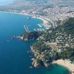 Отель Apartamentos Blanes Испания, Бланес - отзывы, цены и фото номеров - забронировать отель Apartamentos Blanes онлайн пляж фото 2