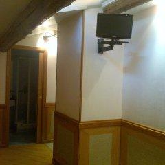 Отель Il Granaio Di Santa Prassede B&B 3* Стандартный номер с различными типами кроватей фото 18
