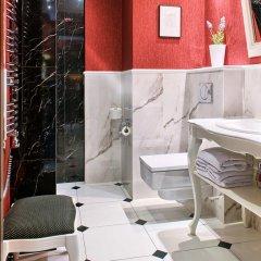 Отель SleepWalker Boutique Suites 3* Номер Делюкс с двуспальной кроватью фото 23