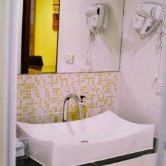Отель Glow Central Pattaya Паттайя ванная фото 2